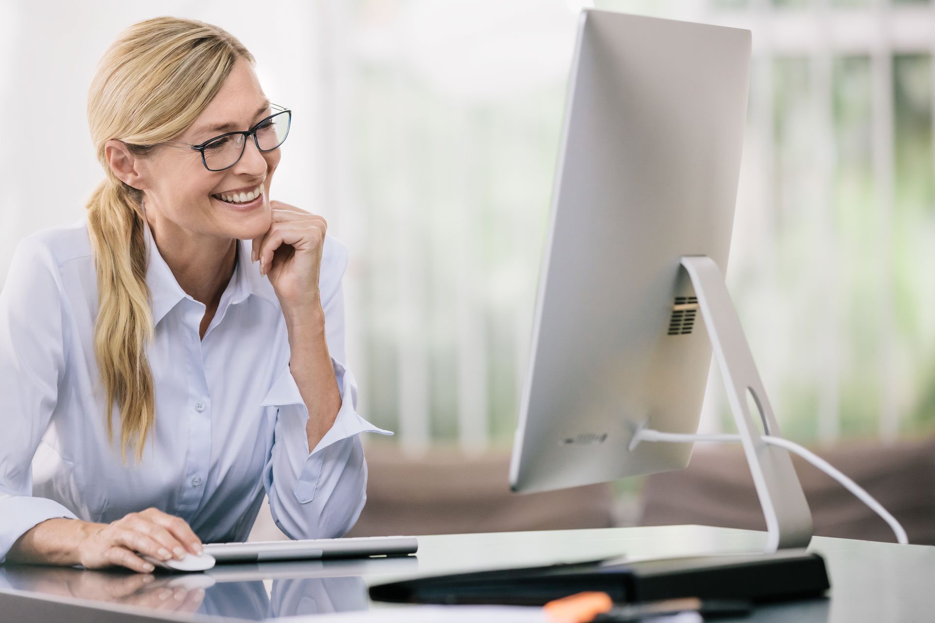 Lunettes pour ordinateur   indispensables à votre poste de travail b751bf09b480